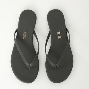 Lily Sandal Matte Black Flip Flop